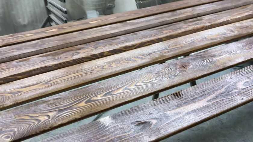 Браширование древесины своими руками — как придать дереву эффект старости. Пошаговая инструкция и мастер-класс